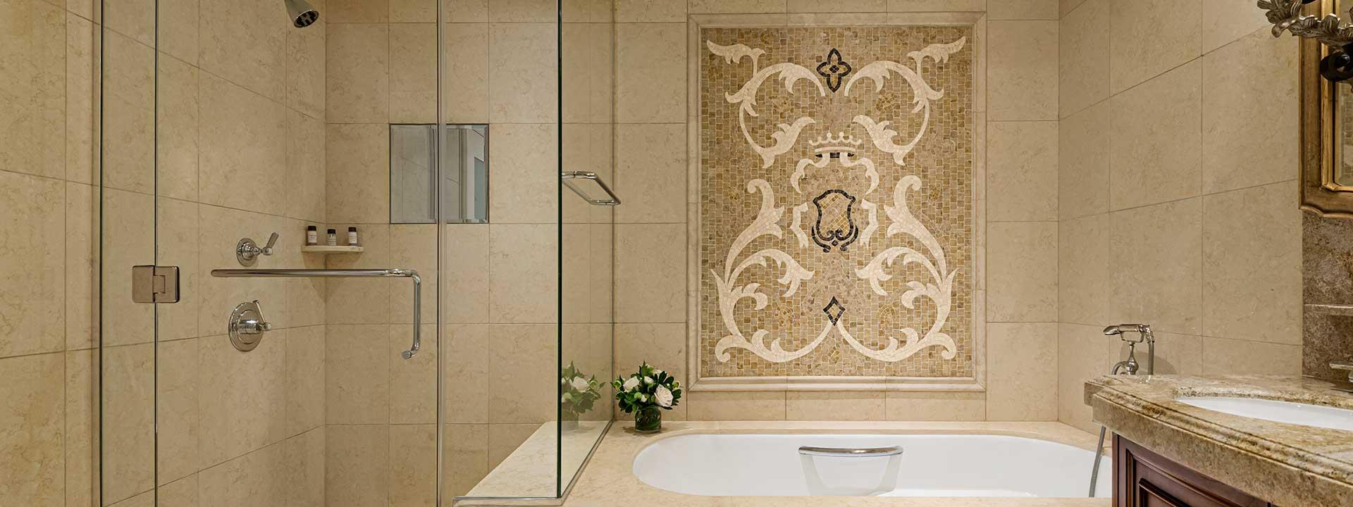 Superior King Room ornate bathroom